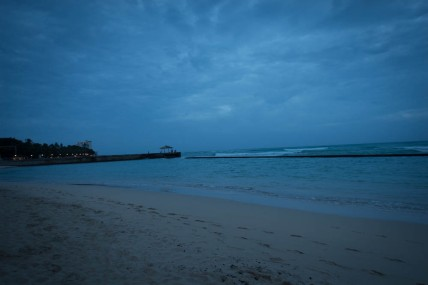 Waikiki beach at dawn. Dawn and twilight were often overcast, so we didn't see many spectacular colors.
