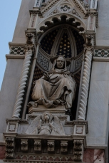 Statues on the facade of the Duomo